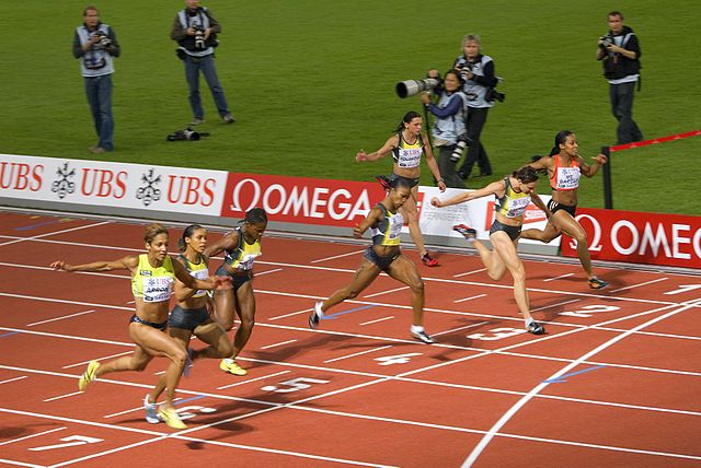 Finishing well, 100 m race
